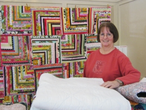 JenniferCabralWithQuilts